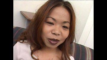 Vídeo de asiáticas sendo bolinadas no meio da rua