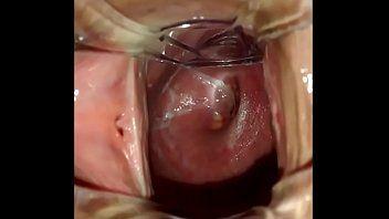 Buceta carnuda vista por dentro
