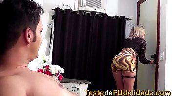 Vídeo exótica brasileira em motel dando gostoso