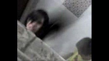 Sexo grátis com a desconhecida no banheiro da festa