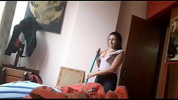 Vaza na net vídeo da gostosa empregada com patrãozinho