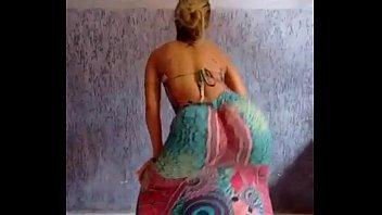 Video da loirinha linda adolescente vazando na web dançando