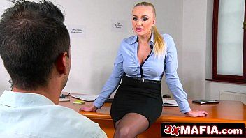 Pornô carioca com advogada fodendo com cliente