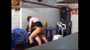 Porno carioca bêbada dando ao dono do bar