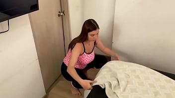 Foda casual de safado com a doméstica casada