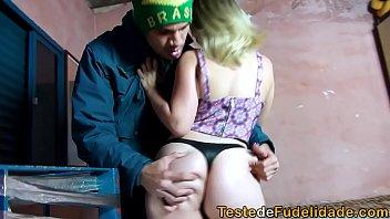 Xvideos brasileira com prima funkeira em incesto na favela