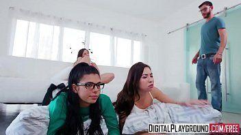 Videos porno novinhas fazendo suruba com macho roludo