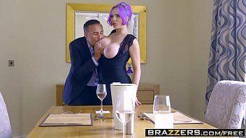 Sexo do brazzers com as flexíveis boazudas dando