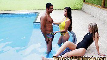 Suruba brasil com as duas perfeitas loira e morena