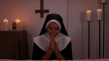 Porno bizarro de freira gostosa metendo