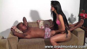 Brasileira shayene samara dando o negão