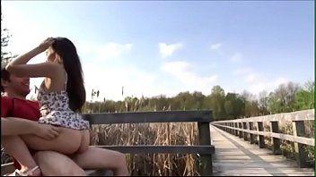 Novinha dando no parque