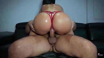 Porno gratis ninfeta amante de rola no cuzinho