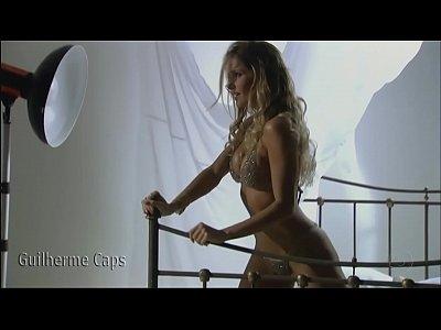 Deborah Secco peladinha fazendo sexo - Filme Bruna Surfistinha