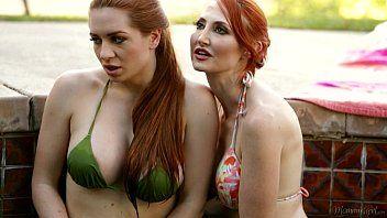 Mulheres gostosas no porno samba se pegando com vontade
