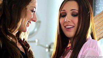 Xvideos lesbian novinhas ficando cheias de tesão