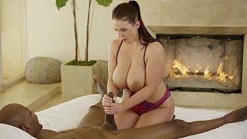 Porno novinha tarada fazendo sexo com negro dotado